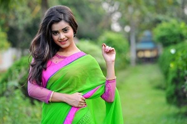 বাঙ্গালী নারীর যে ১০ টি অসাধারণ গুন, যা পৃথিবীর অন্য কোন নারীদের মধ্য খুঁজে পাওয়া মুশকিল  I Taslima Marriage Media